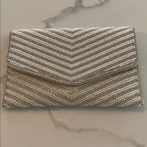 Nwt clutch purse with chain